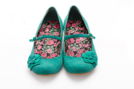 Ladies green suede shoes
