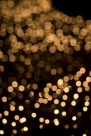 Defocused yellow light dots