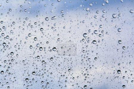 Photo pour Gouttes d'eau dans les tons bleus - image libre de droit