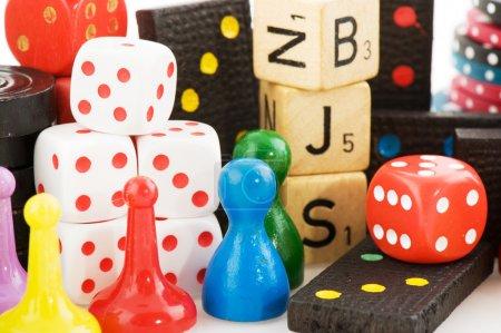 Photo pour Tous les attributs de jouer des jeux de société ensemble - image libre de droit