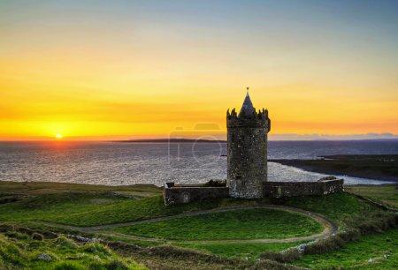 Photo pour Château de Doolin - Irlande de l'Ouest - image libre de droit