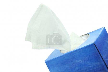 Photo pour Boîte de tissu isolé sur blanc avec chemin de coupe inclus . - image libre de droit