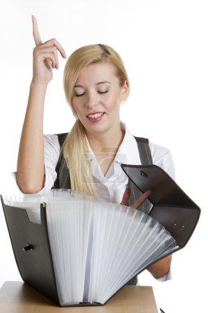 Photo pour Portrait de femme d'affaires avec dossier - image libre de droit