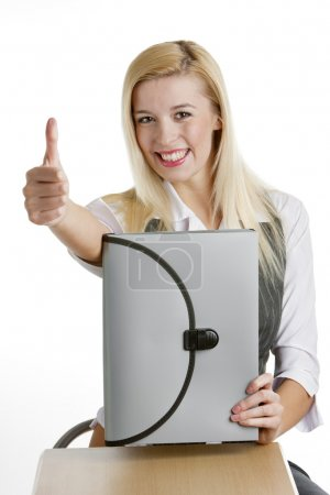 Photo pour Portrait de femme d'affaires avec mallette - image libre de droit