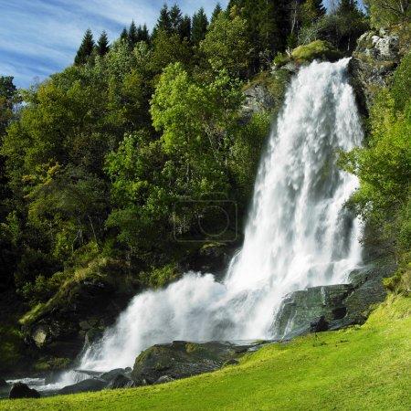 Foto de Cascada Skeie, Noruega - Imagen libre de derechos