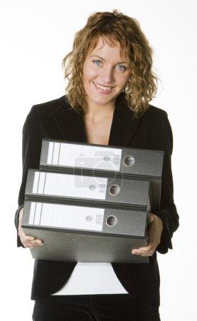 Photo pour Portrait de femme d'affaires avec des dossiers - image libre de droit