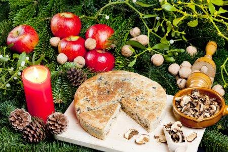 Photo pour Pâtisserie spéciale aux champignons de Noël - image libre de droit