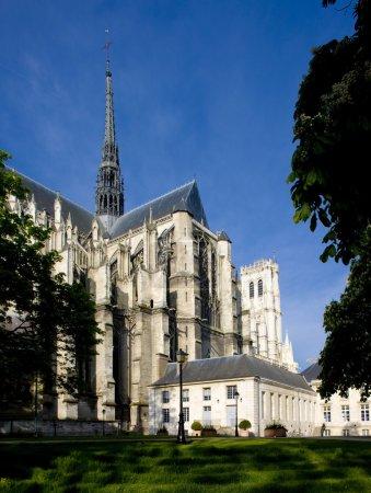 Photo pour Cathédrale Notre Dame, Amiens, Picardie, France - image libre de droit