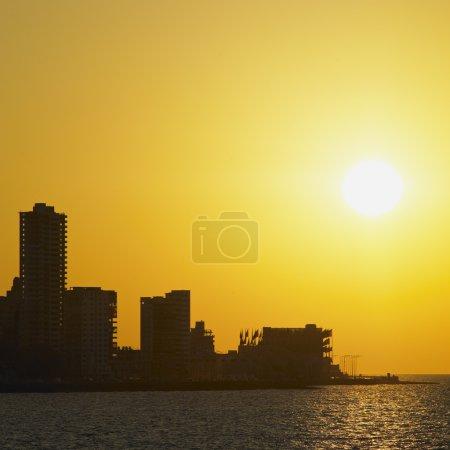 Photo pour Coucher de soleil à la Havane, cuba - image libre de droit