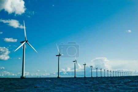 Windmills further, horizontal