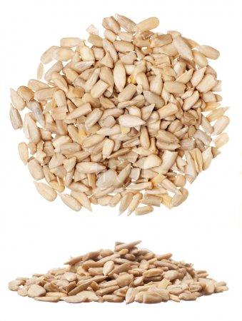 Photo pour Gros plan de graines de tournesol isolées sur blanc - image libre de droit