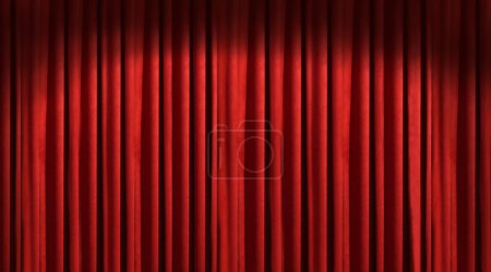 Foto de Cortina roja teatro con sombras oscuras - Imagen libre de derechos