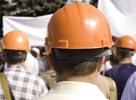 Photo pour Travailleurs sur démonstration, se concentrer le point sur le centre de la photo - image libre de droit