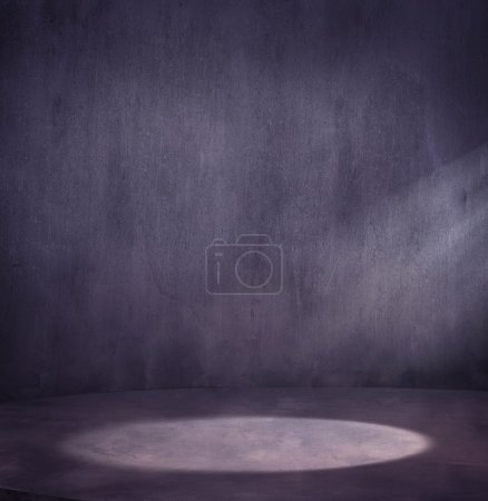 Empty grungy scene with light spot