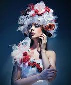 """Постер, картина, фотообои """"Молодая женщина носить платье весны"""""""