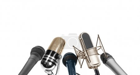 Photo pour Image de microphone multi-type lors de la conférence de presse - image libre de droit
