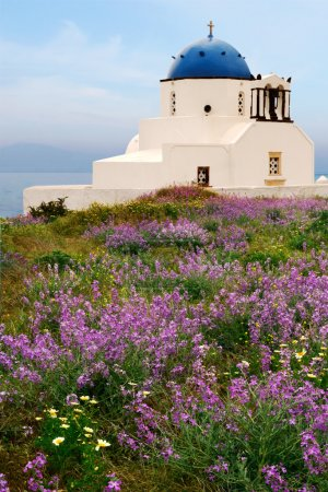 Countryside chapel in Santorini, Greece