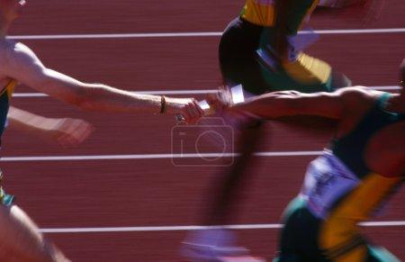 relay race runners