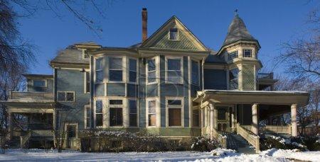 Photo pour Victorian House banlieue de Chicago . - image libre de droit