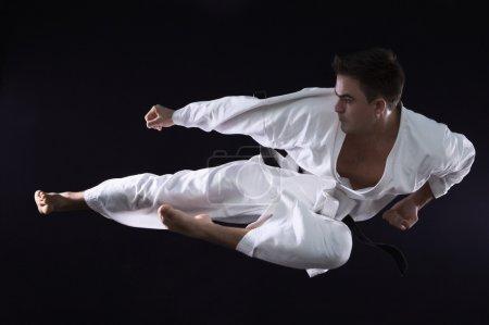 Karateka man