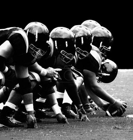 Photo pour La ligne puissante dans le football américain - image libre de droit
