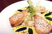plat de poisson délicieux